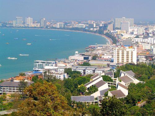 Condominiums en bord de plage avec vue sur la mer